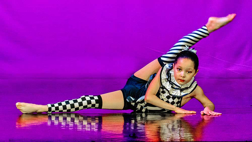 acro dance photographer