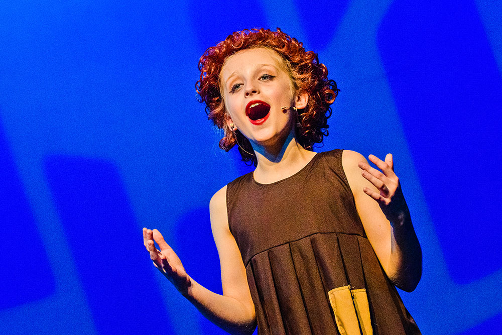 singer in Annie the musical