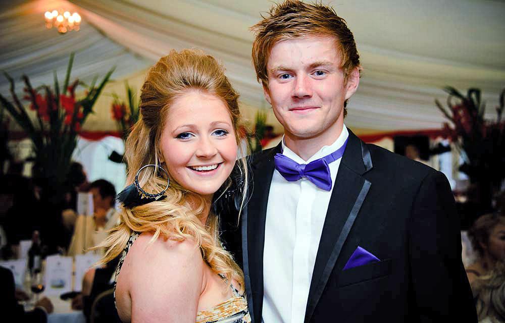 couple at black tie reception