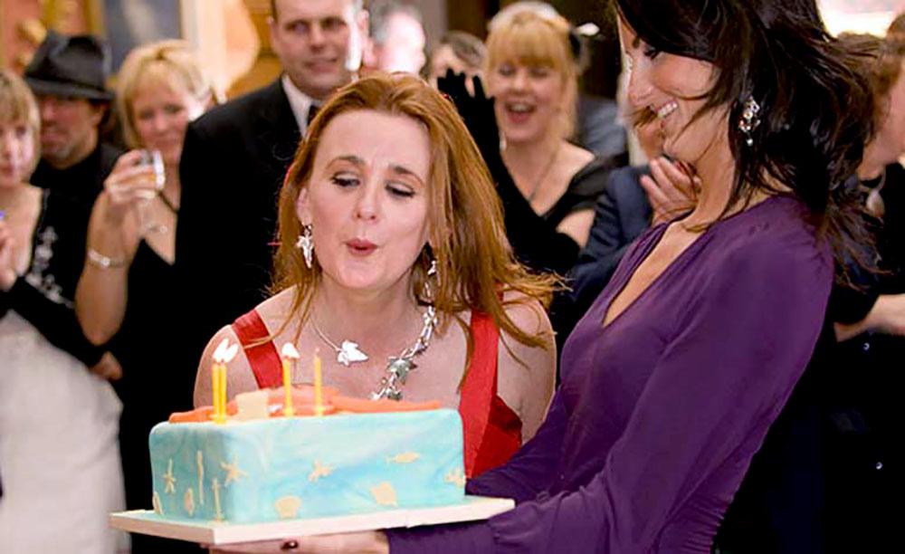private event photographer - birthday cake